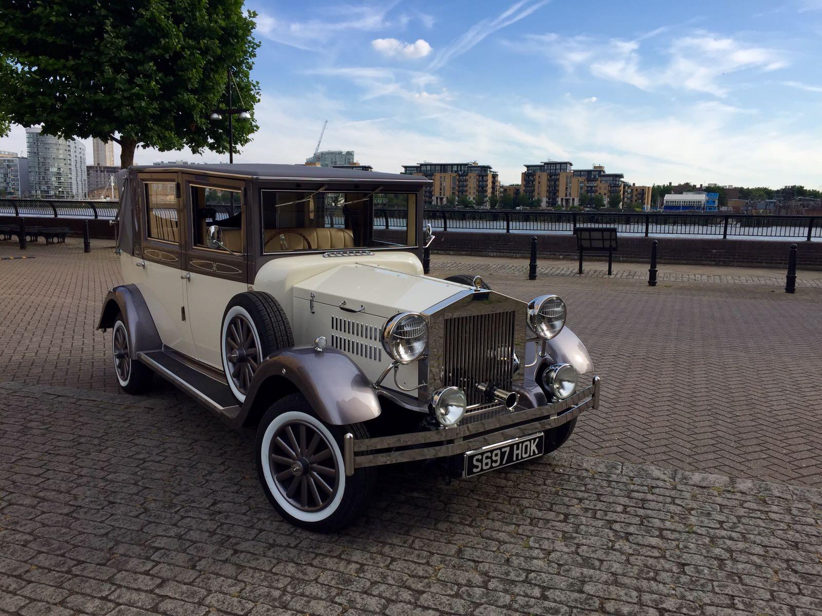 Classic Wedding Car Viscount Landaulette Vintage Limo Hire ...