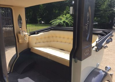 Luxury range of Classic limos For Hire 3