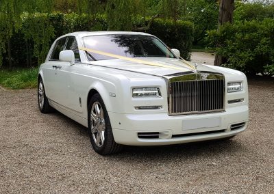 RR & Luxury range of limos For Hire & Chauffeur service